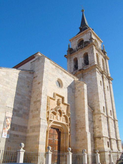 Torre de la Catedral de los Santos Niños Justo y Pastor de Alcalá de Henares