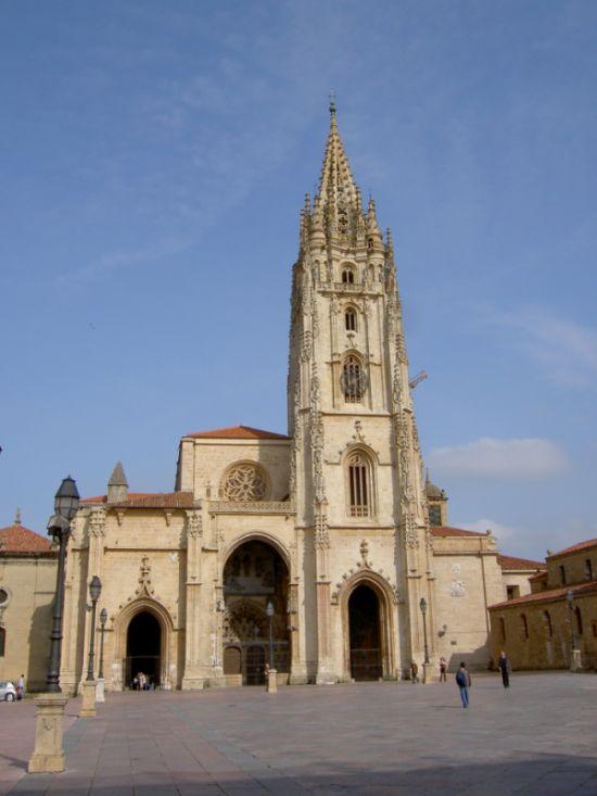 Torre de Catedral de San Salvador de Oviedo