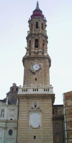 Campanario de Catedral del Salvador en su Epifanía de Zaragoza