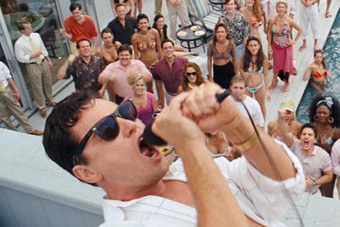 Fiesta piscina El Lobo de Wall Street