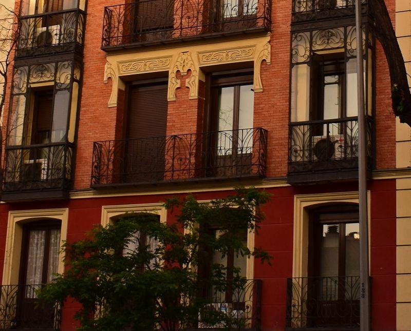 Viviendas para José Martínez Lestegar, edificio II (calle San Bernardo, 87)