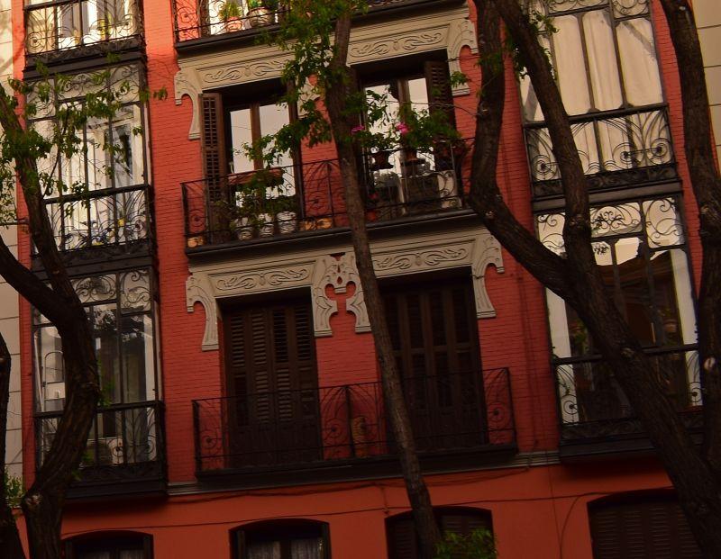 Viviendas para José Martínez Lestegar, edificio I (calle San Bernardo, 89)