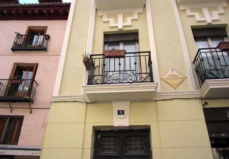 Casa-taller de José Yagües (plaza Conde de Barajas, 3)