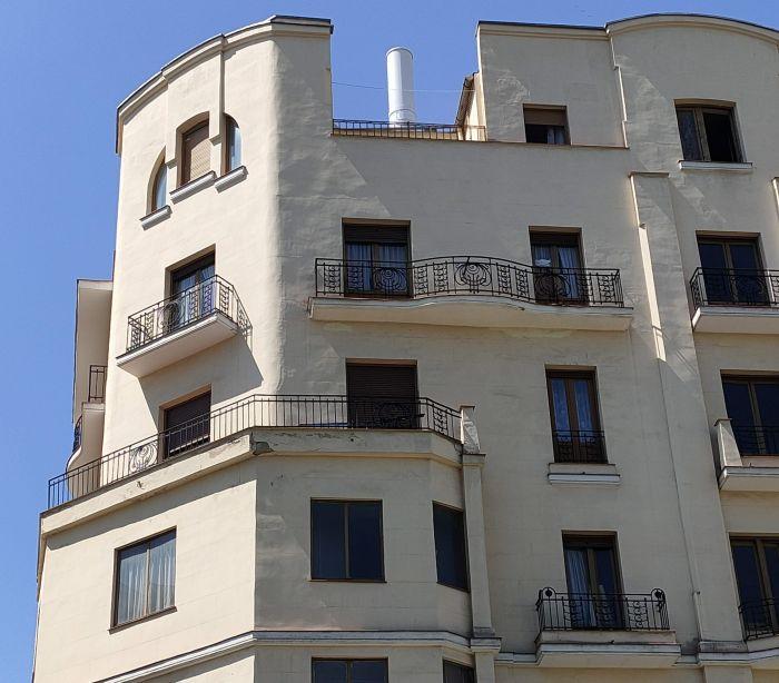 Madrid modernista en la plaza del Carmen