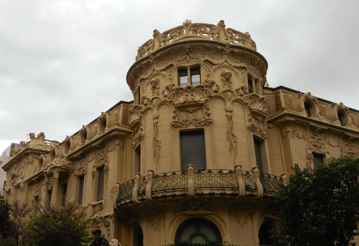 Palacio de Longoria - sede de la SGAE (calle Fernando VI, 4 y Pelayo, 61)
