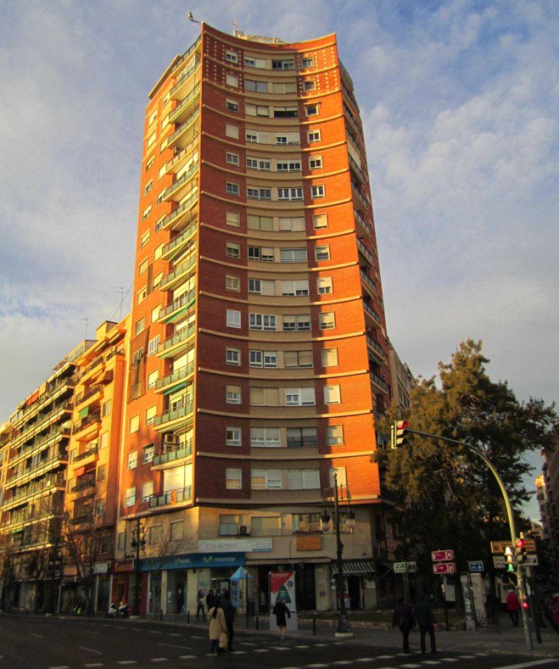 Primeros rascacielos españoles en carrer de Sagunto 1 de Valencia