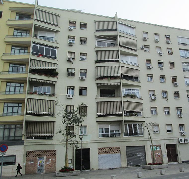 Avenida Comandante Benítez 9 y 7, Art Decó en Málaga