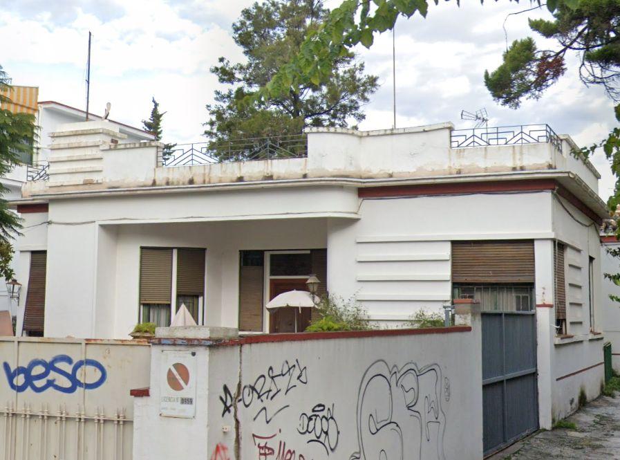 Chalet Art Decó en Málaga de avenida Juan Sebastían Elcano