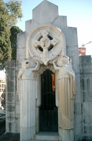 Cementerio Art Decó en Málaga