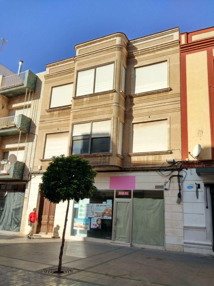 Calle Emilio Castelar, 75