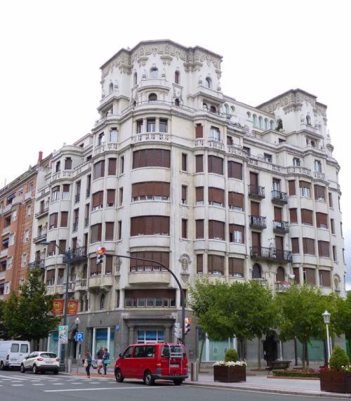 Edificio Darío de Regoyos (Gran Vía, 64)