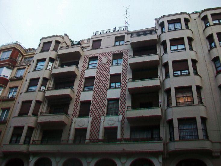Alameda Urquijo 48, 46 y 44