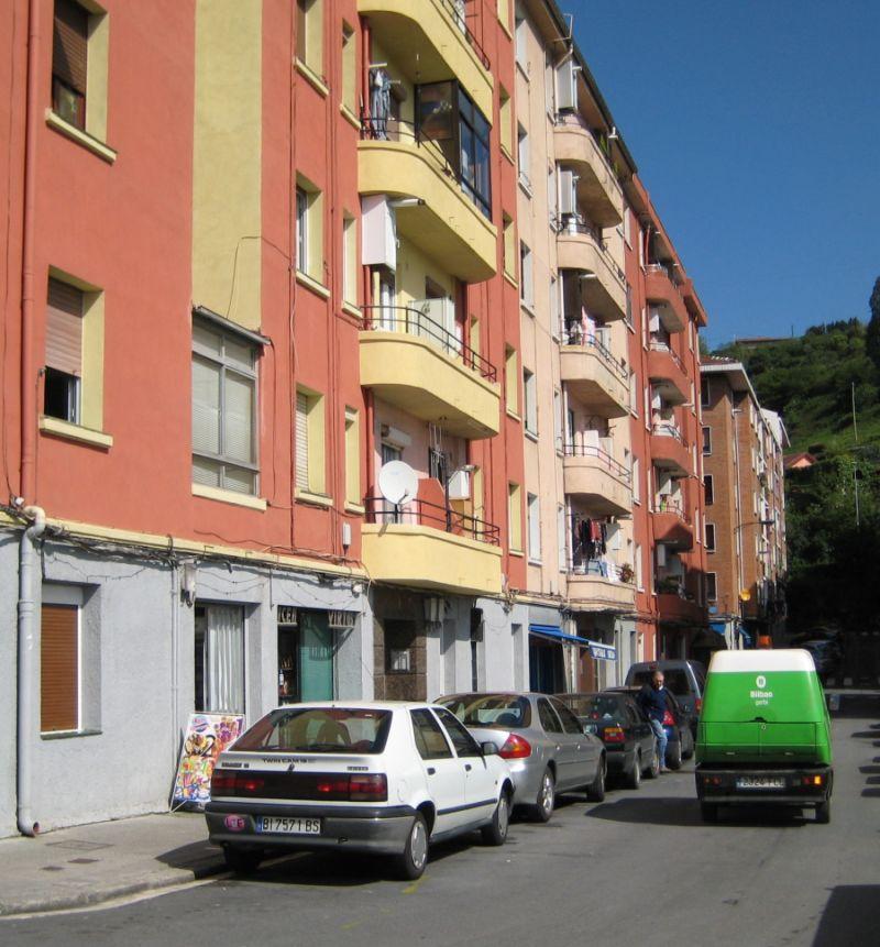 Gorbeia, 1, 3 y 5, Bilbao Art Decó racionalista