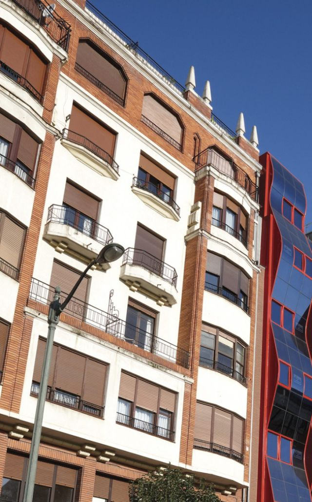Hurtado de Amézaga 18, Bilbao Art Decó Zigzag Moderne