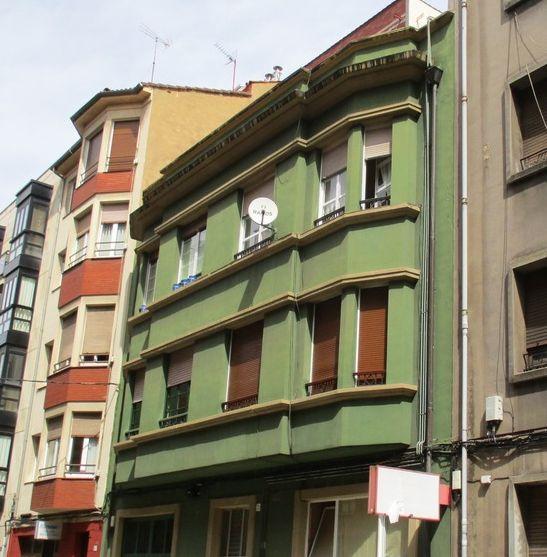 Calle Avilés, 22