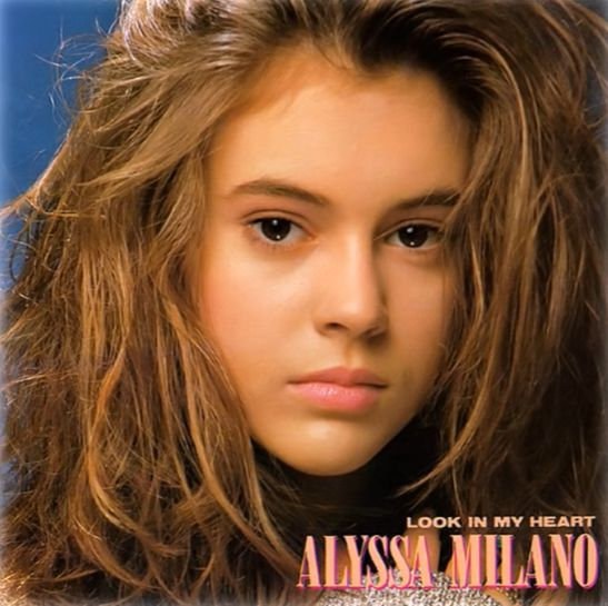 Canciones de Embrujadas, Look In My Heart, debut de Alyssa Milano