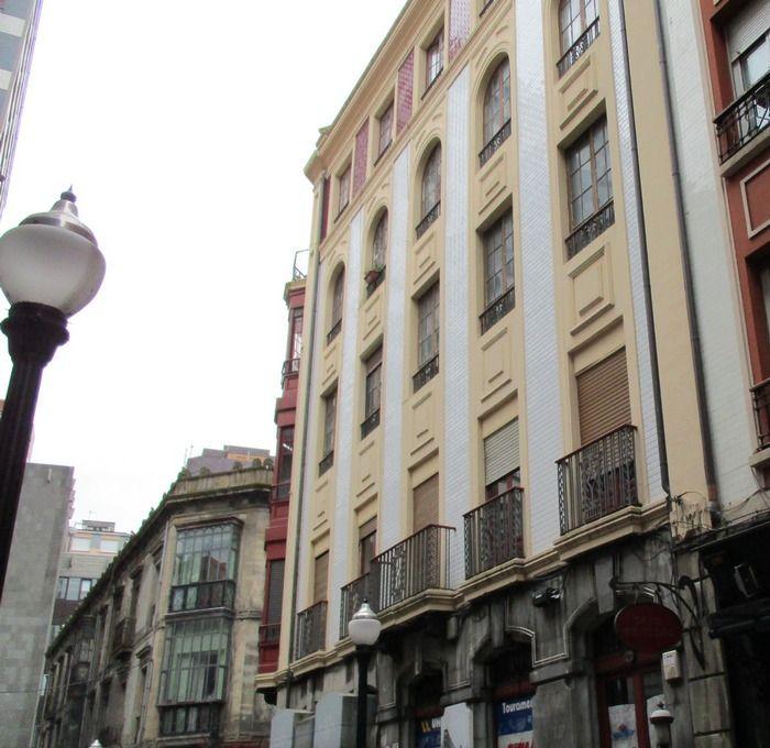 Covadonga 9 es Regionalismo Decó de Gijón