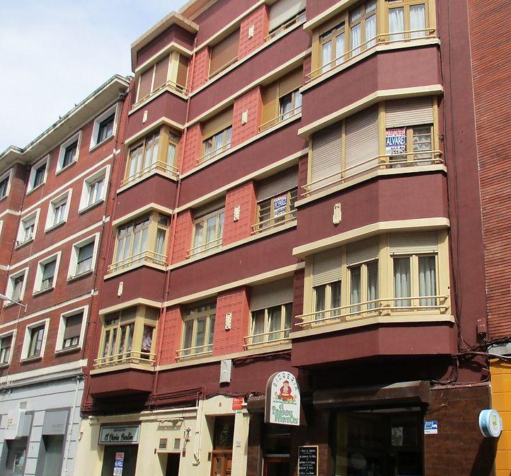 Art Decó de Gijón en la calle Luanco 16