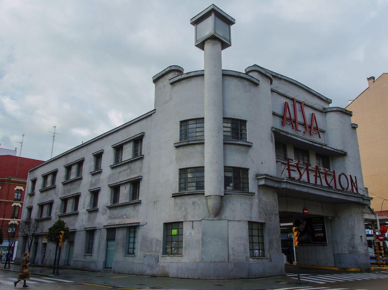 Art Decó de Gijón es la Streamline Moderne Estación ALSA