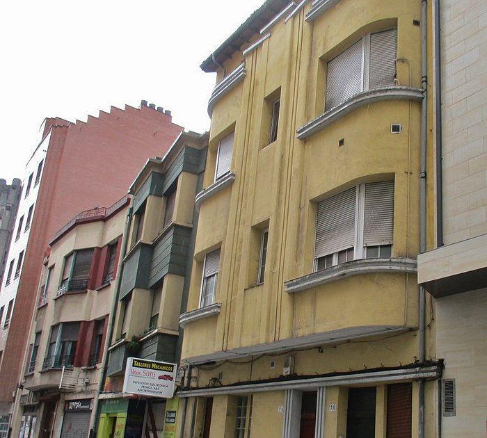 Calle Joaquín Bonet 7 es Art Decó de Gijón