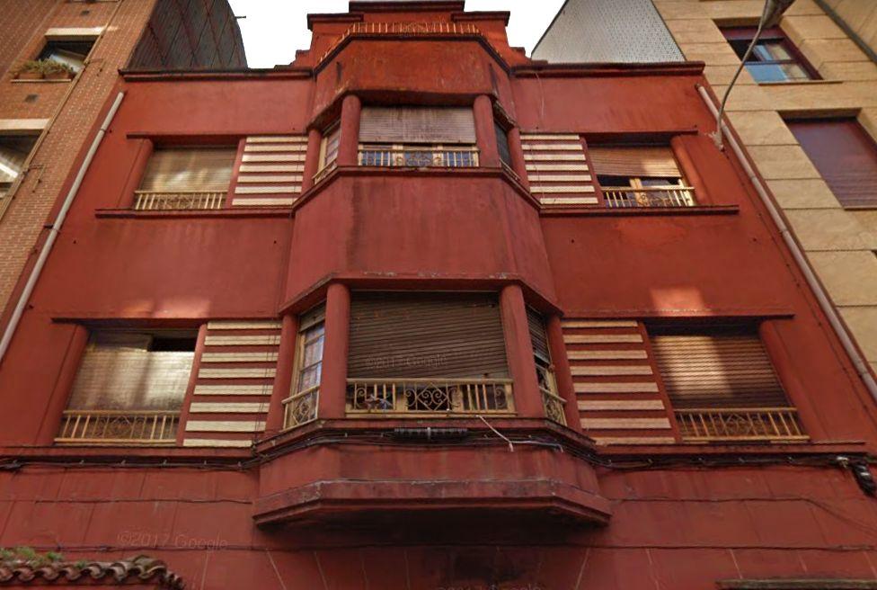 Calle Los Pedregales 7 1945 es Art Decó de Gijón