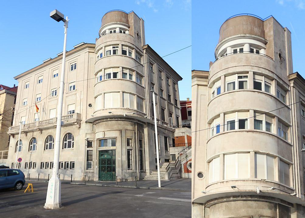 Comandancia Naval de Gijón es Art Decó autárquico