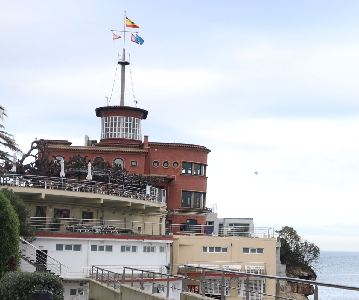 Pabellón del Real Club Astur de Regatas es Art Decó de Gijón