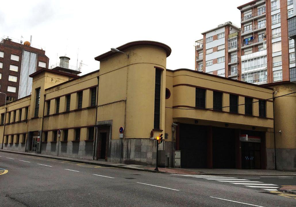 Streamline Moderne en el Art Decó de Gijón en la sede de la Policía Local