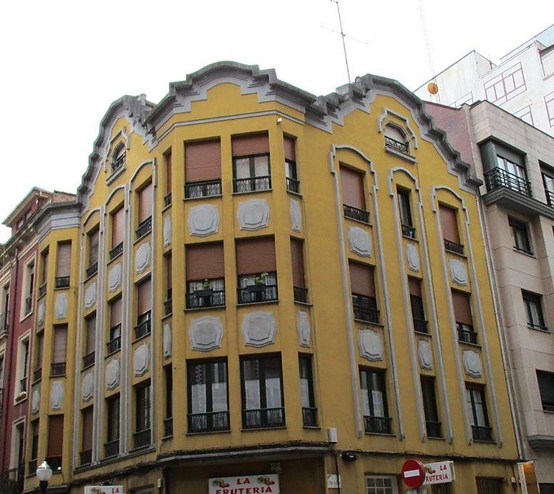 Art Decó en Gijón en calle Marqués de Casa Valdés 12