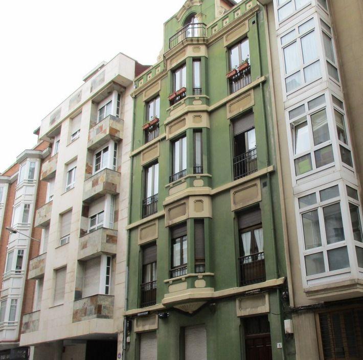 Calle Juan Alonso 5 es Art Decó en Gijón