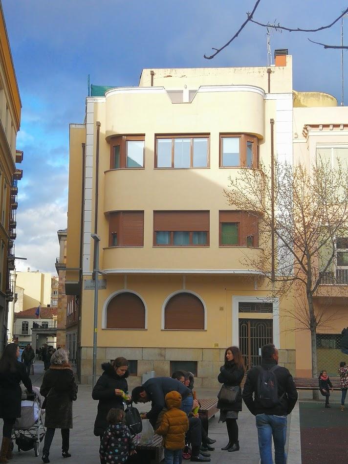 Plaza Maestro Haedo, 1