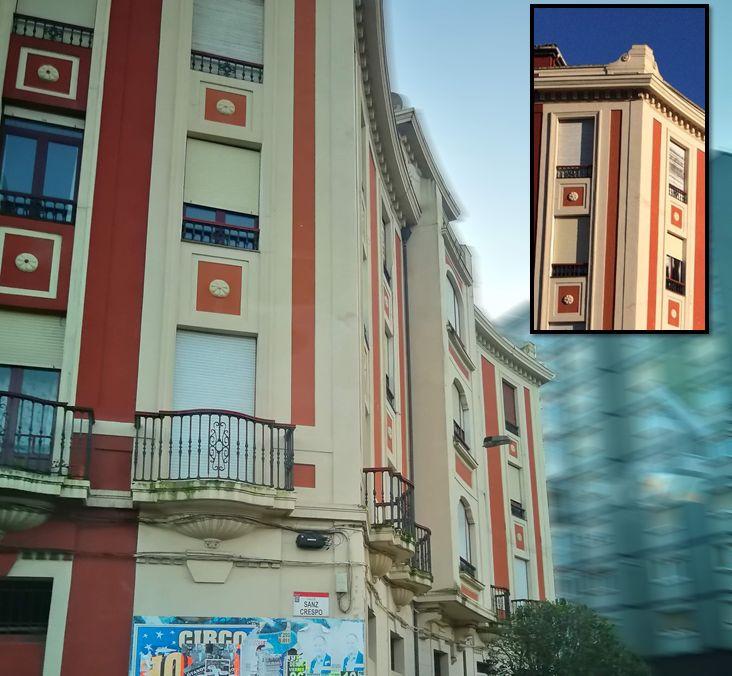 Plaza del General Riego 1 es Art Decó en Gijón