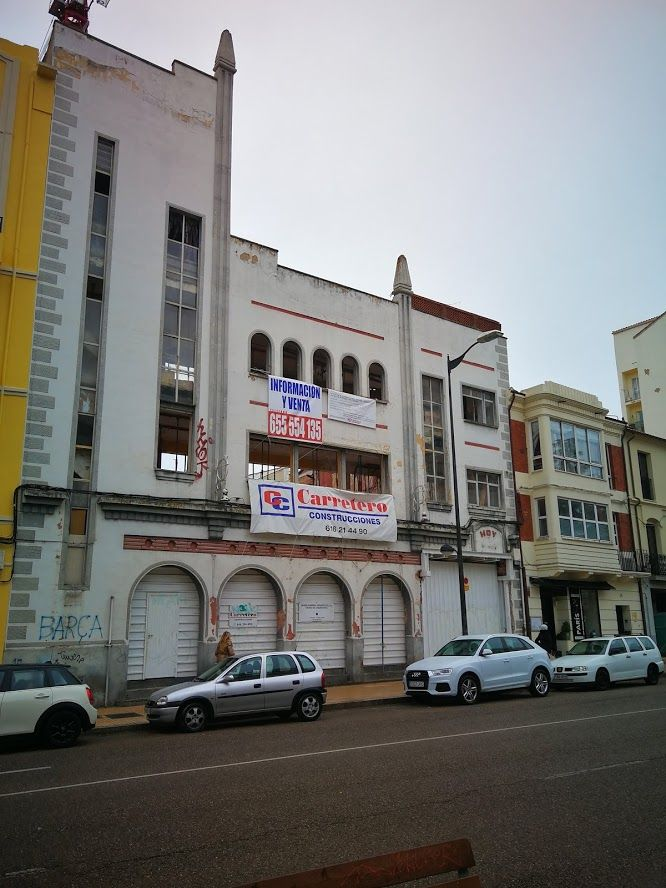 Antiguo Cine Barrueco (avenida de Portugal, 16)