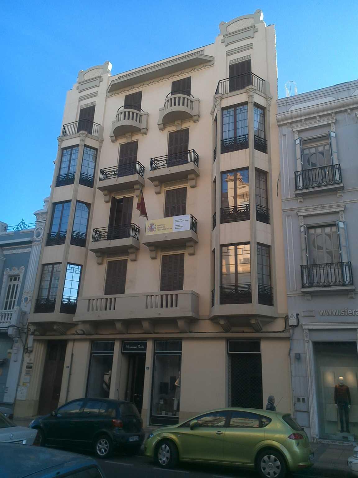 Casa de Jacques EskEnazi Aguilerun (avenida Juan Carlos I, Rey, 11)