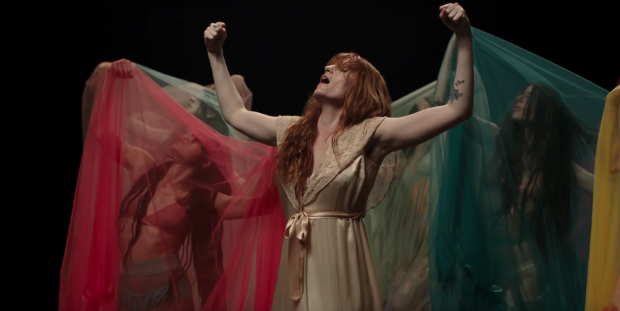 Crítica High As Hope de Florence and The Machine