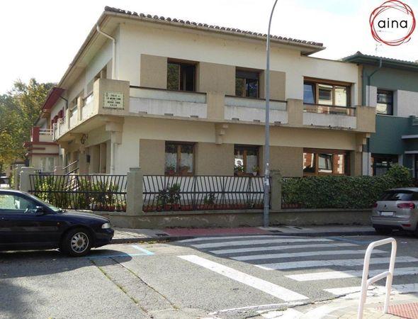 Avenida Baja Navarra y calle Media Luna de la Pamplona Art Decó