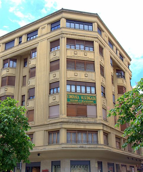 Avenida de Carlos III el Noble Etorbidea, 36