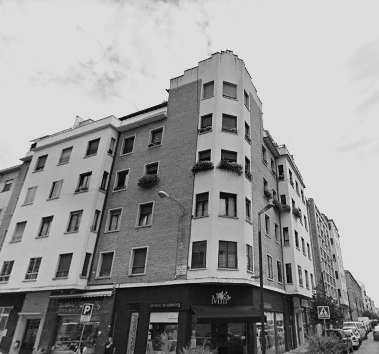 Calle de Tafalla, 34