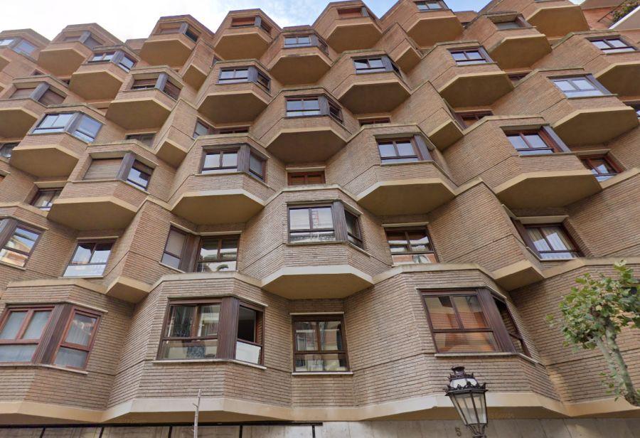 Arquitectura siglo XX Burgos en calle Aparicio y Ruiz