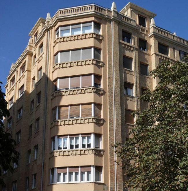 Avenida de Carlos III el Noble Etorbidea, 34