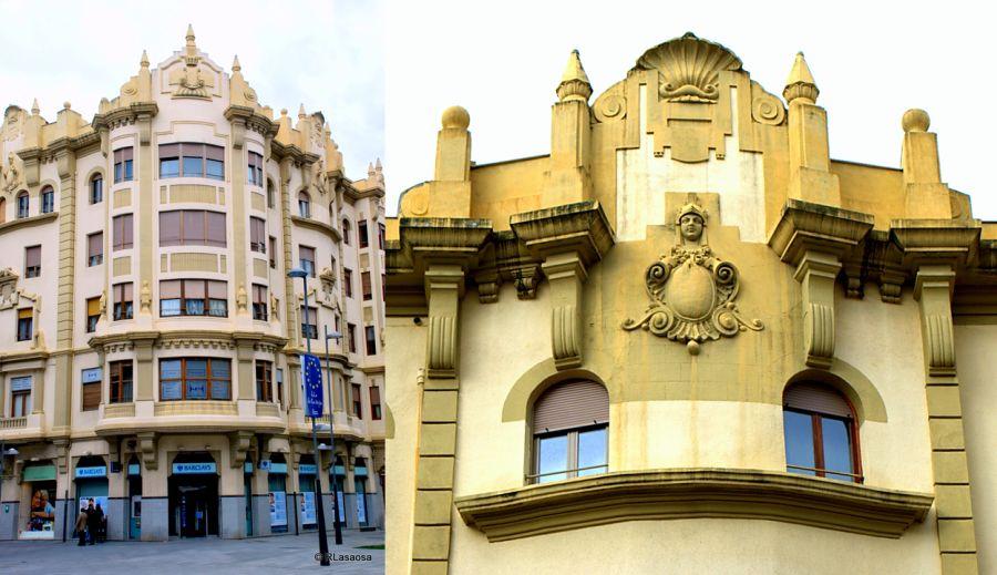 Edificio de la Sociedad Iruña (avenida de Carlos III el Noble Etorbidea, 9).