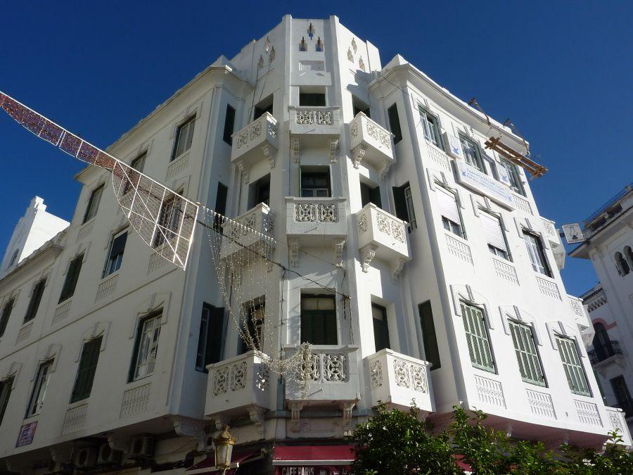 Edificio en la Plaza Moulay El Mehdi (Tetuán)