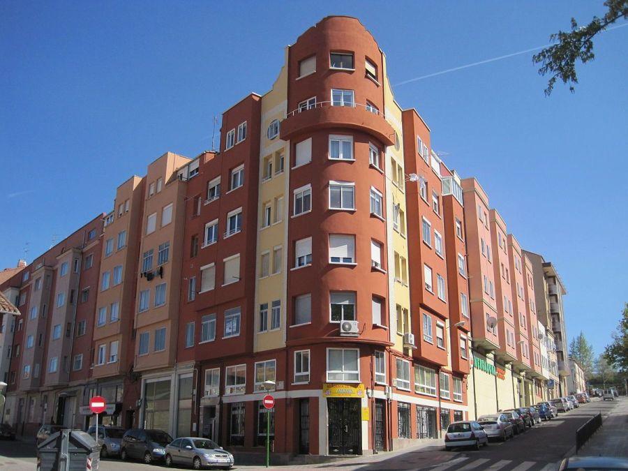 Calle Calvario, 2