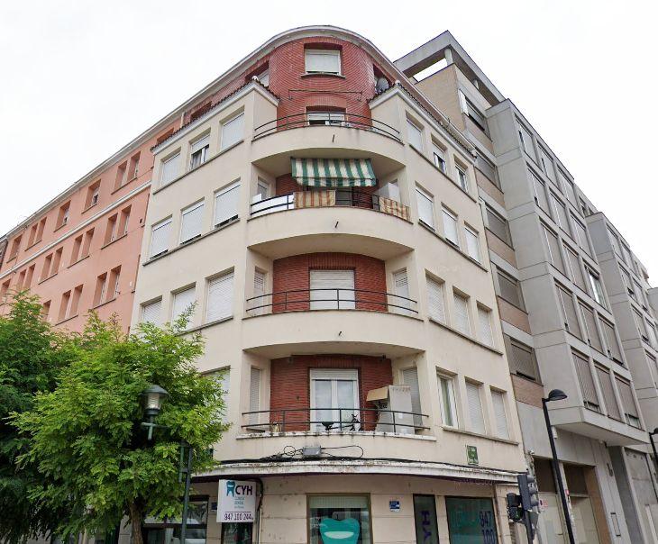 Calle San Pedro y San Felices, 43
