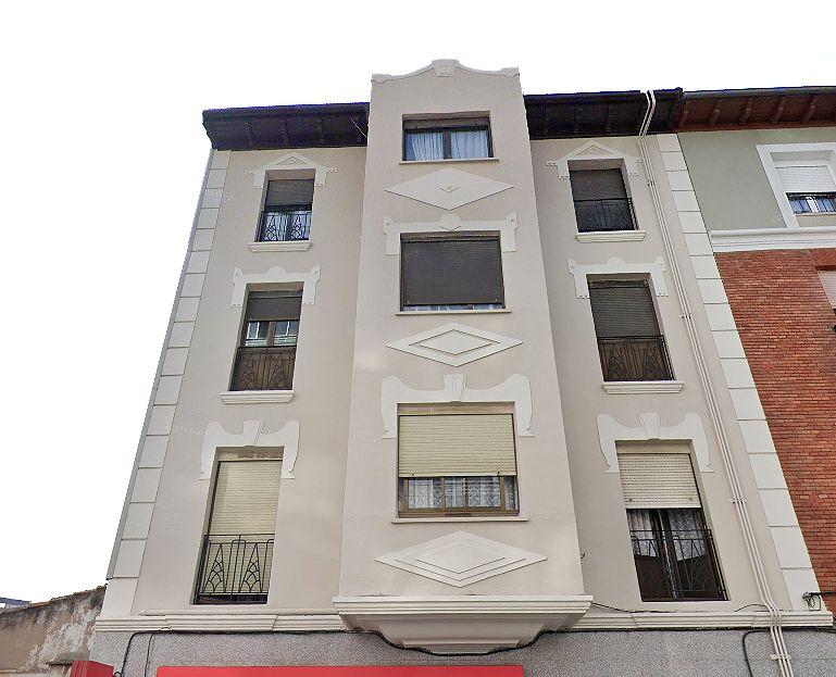 Calle Villalón 14 Burgos Art Decó Zigzag Moderne