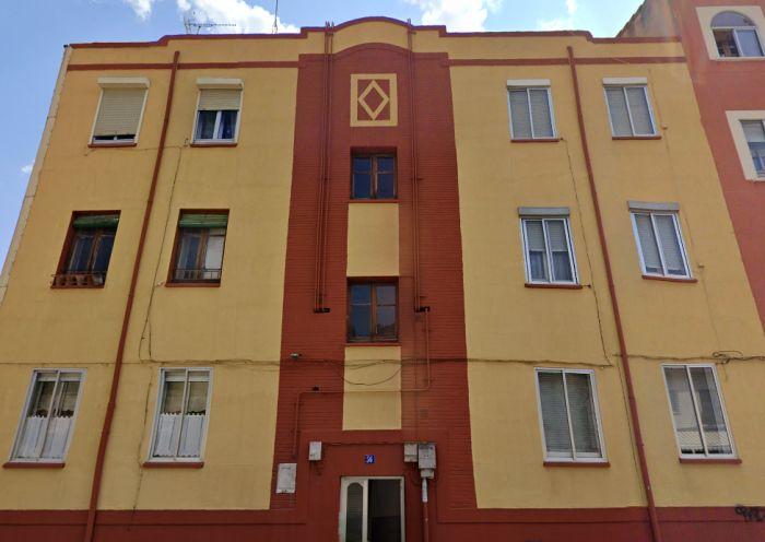 Discreto Burgos Art Decó en la calle San Francisco 36