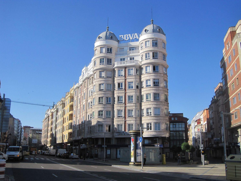 BBVA Burgos Arquitectura Autarquía y Art Decó Racionalista