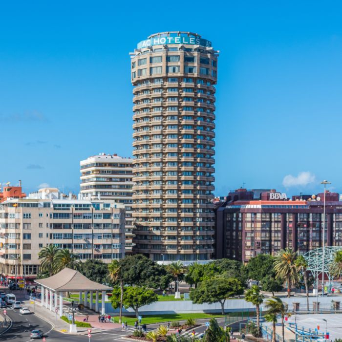 Hotel Ac Gran Canaria rascacielos arquitectura orgánica
