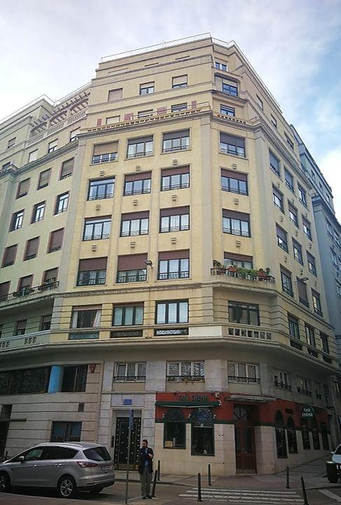 Calle San José, 11 y 13