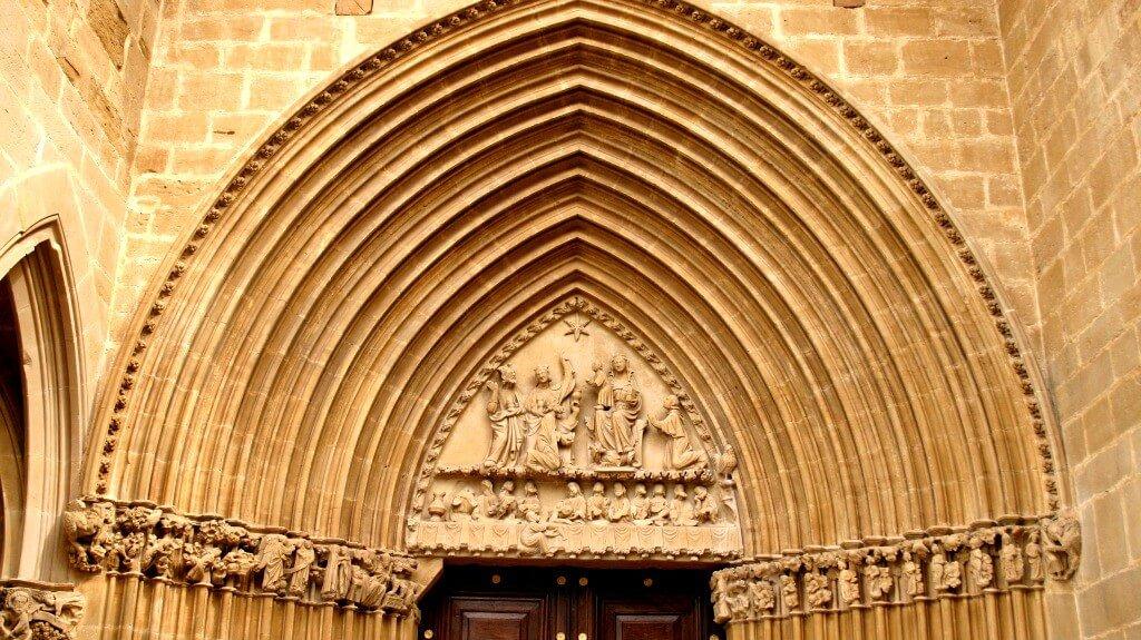 Portada Sur Iglesia Santa María la Real Ujué Amaia
